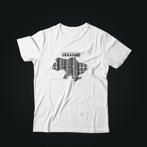 Патриотическая футболка с Вышиванкой