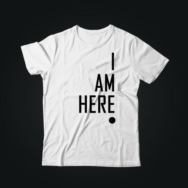 Мужская футболка с принтом I AM HERE