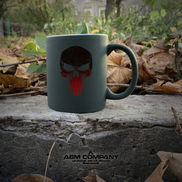 Чашка хамелеон олива с рисунком PUNISHER RED