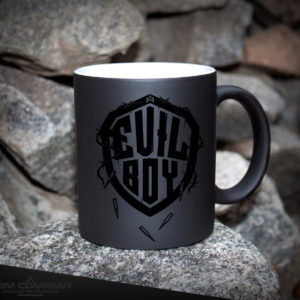 Чашка хамелеон черная EVIL BOY