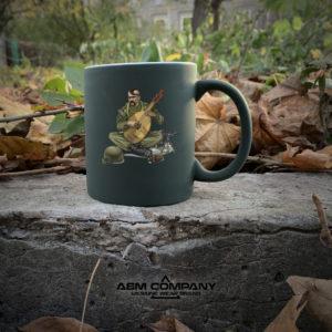Чашка хамелеон олива с рисунком КОЗАК