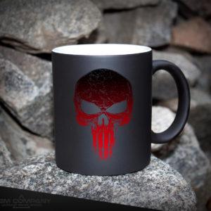 Чашка хамелеон черная PUNISHER RED